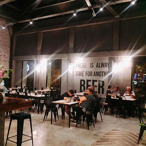 Cervecería 1516 en Luján