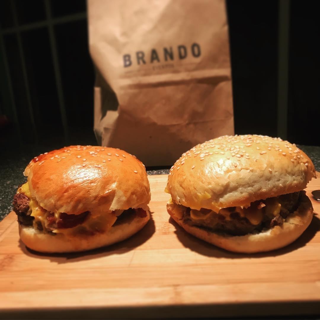 Delivery De Burgers Brando