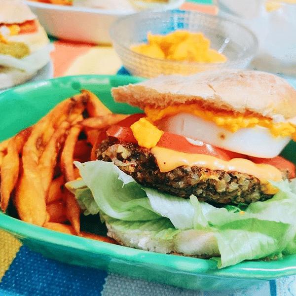 Yamaneat Burgers Veggies