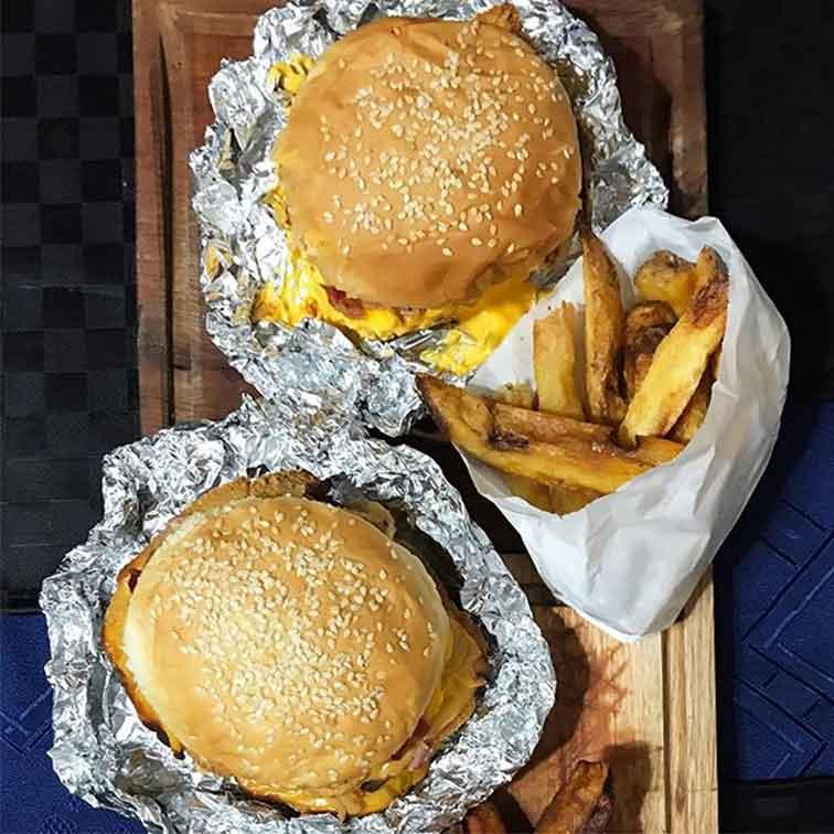 Mila-burgers-la-milanesa-doble
