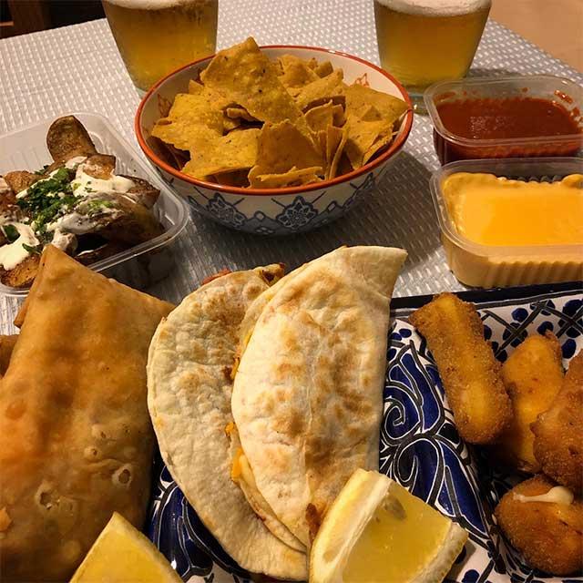 Viajamos A La Playa Cenando Comida Mexicana - Ay!! Chavela