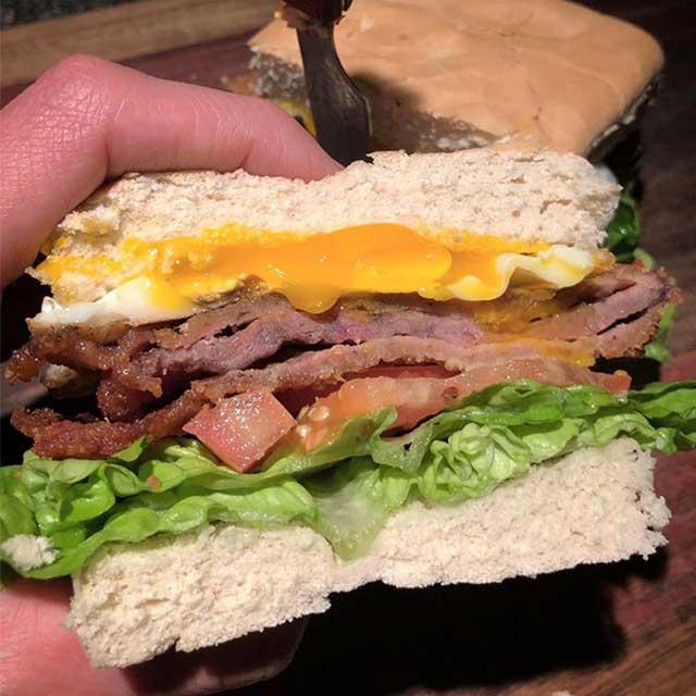 Conozcan Las Burgers Y Sándwiches De Marco Polo Luján