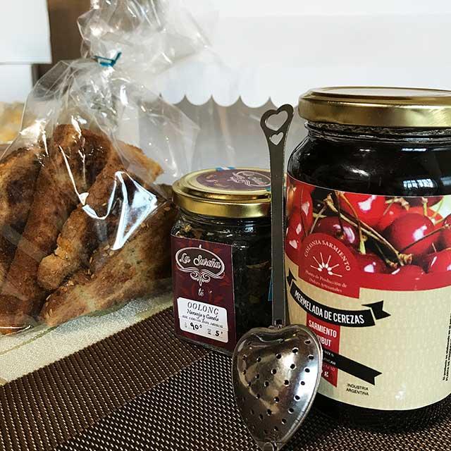 La Sureña, Nueva Panadería Y Confitería En Luján